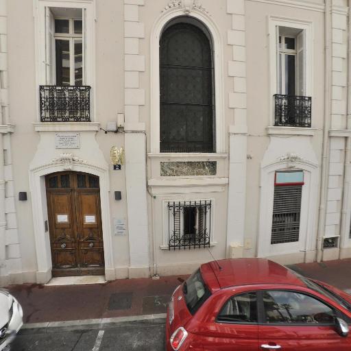JM Bernardeau A Battaglia F Coiquaud J SINANYAN DETHEVE Notaires Associés - Notaire - Cannes