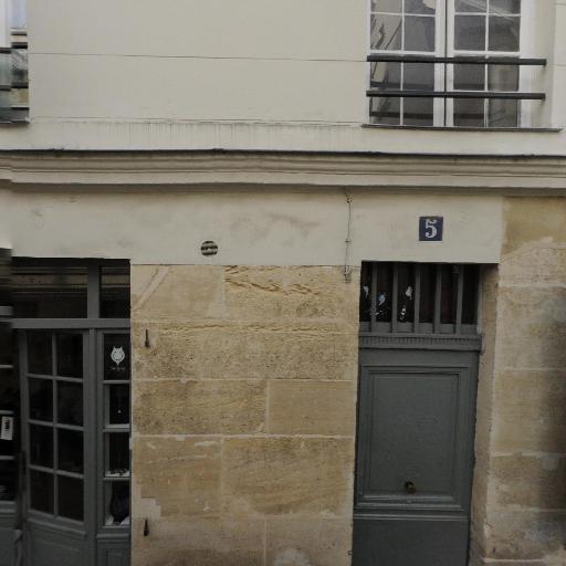 Beijos - Fabrication de bijoux fantaisie - Paris