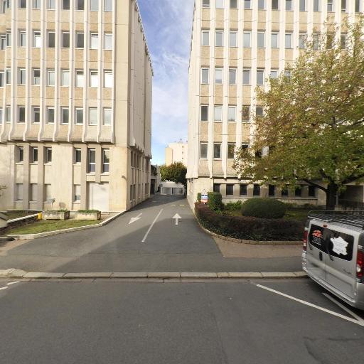 Cour d'Appel d'Orléans - Tribunal et centre de médiation - Orléans