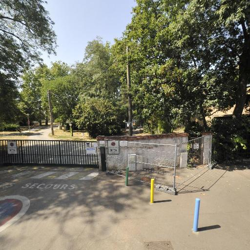 Communauté Urbaine Du Grand Toulouse - Centre de vacances pour enfants - Toulouse