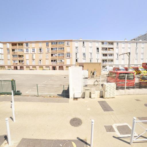Port De La Chambre De Commerce Et D'Industrie Du Var C.C.I.V - Chambre de Commerce, d'Industrie, de Métiers, d'Artisanat, d'Agriculture - Toulon