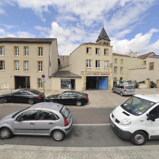 Metz Auto Radio - Pièces et accessoires automobiles - Metz